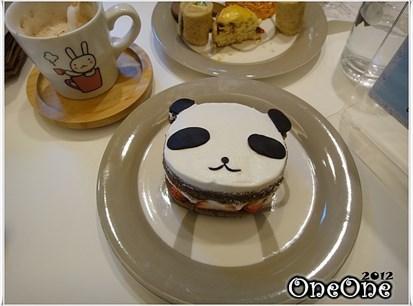 熊猫水果巧克力蛋糕